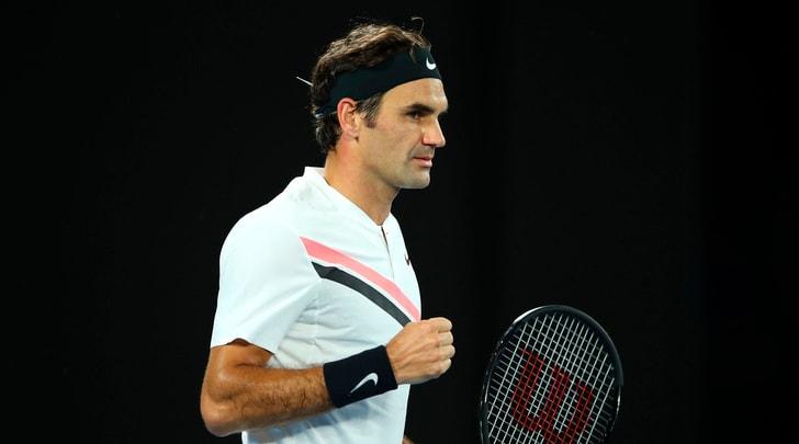 Tennis, Australian Open: Federer vola in semifinale
