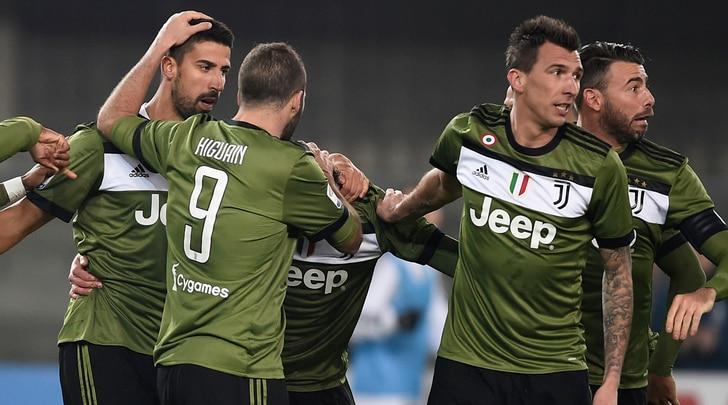 Juventus, 2-0 al Chievo in 9. Khedira-Higuain: bianconeri in testa