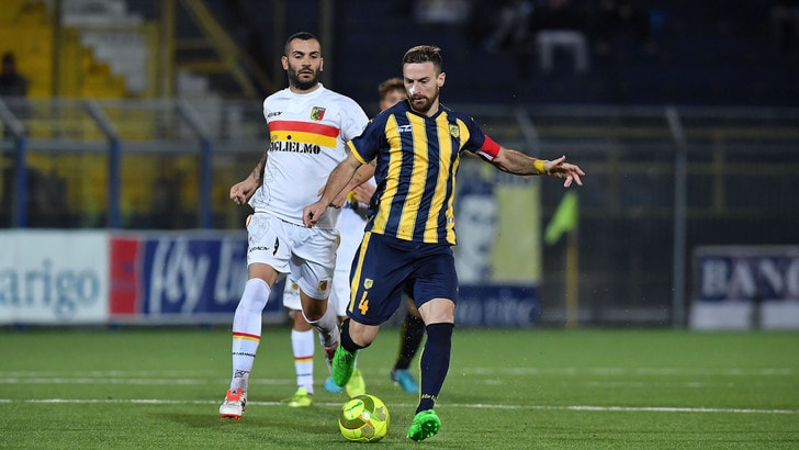 Calciomercato Avellino, arriva Morero: firma fino al 2019