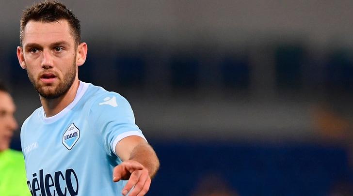 Calciomercato, «Skriniar tra Barça e Real. L'Inter si tuffa su De Vrij»