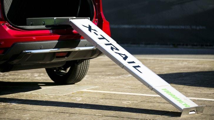 """Nissan: arriva la X-Trail Trainer a misura di """"cane"""""""