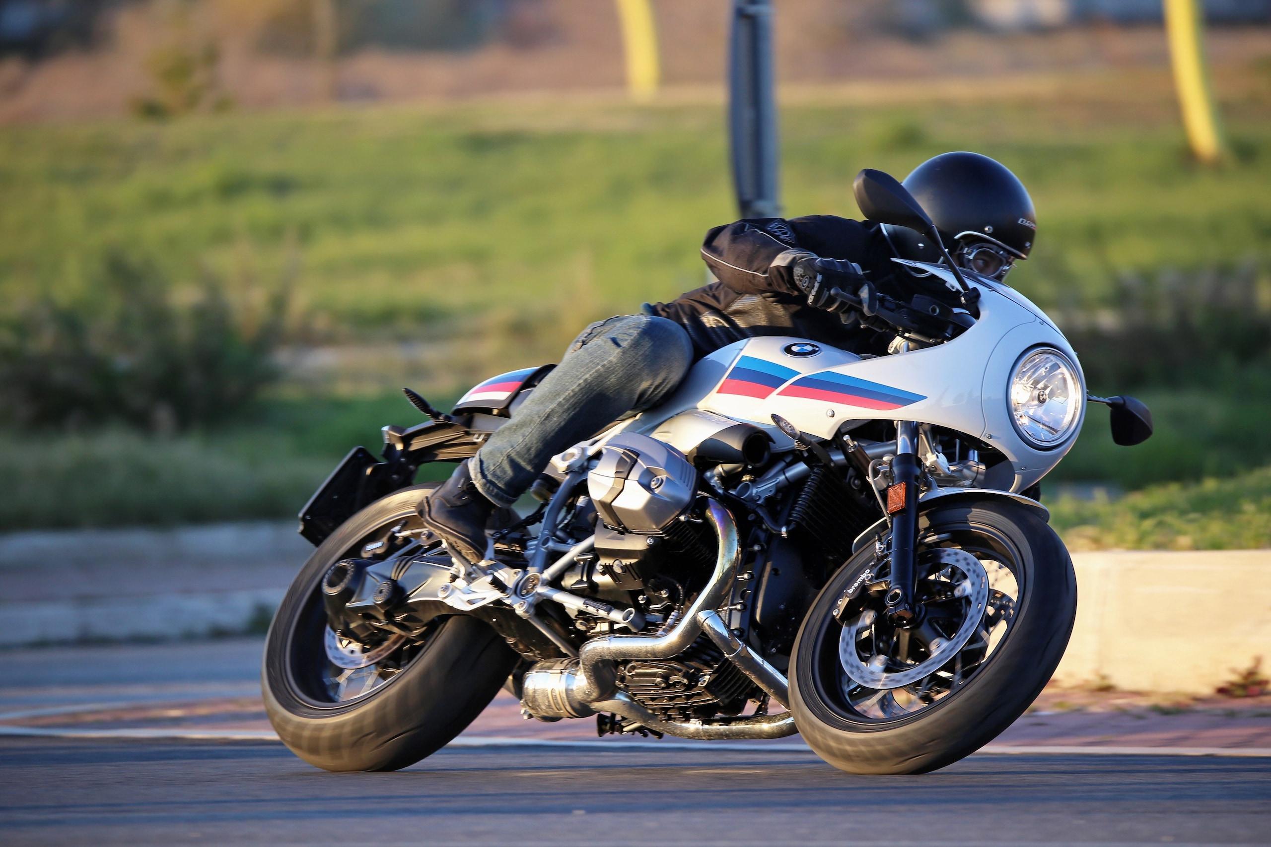 BMW R nineT Racer: la prova del mese