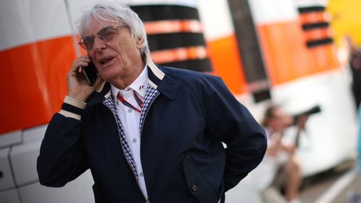 F1, Ecclestone: «Le grid girls non offendevano nessuno»