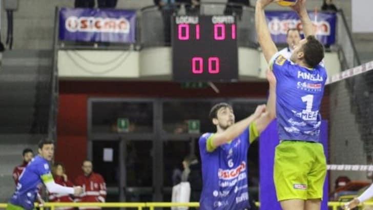 Volley: A2 Maschile, Pool B, Aversa batte Mondovì al quinto set