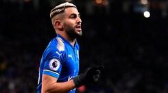 Mahrez torna ad allenarsi con il Leicester: caso rientrato