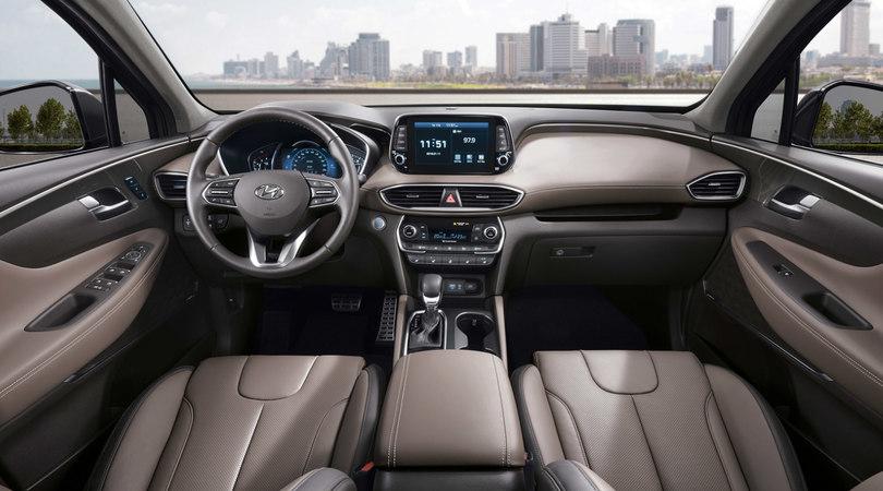 Hyundai Santa Fe: quarta generazione di Suv in arrivo a Ginevra