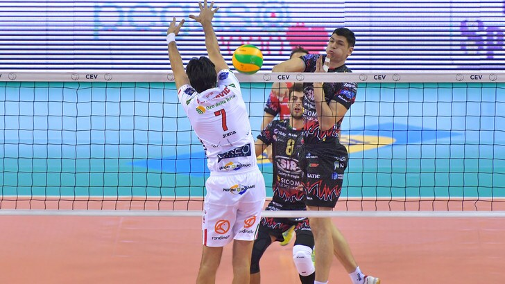 Volley: Superlega, Perugia batte Civitanova e vola a +7