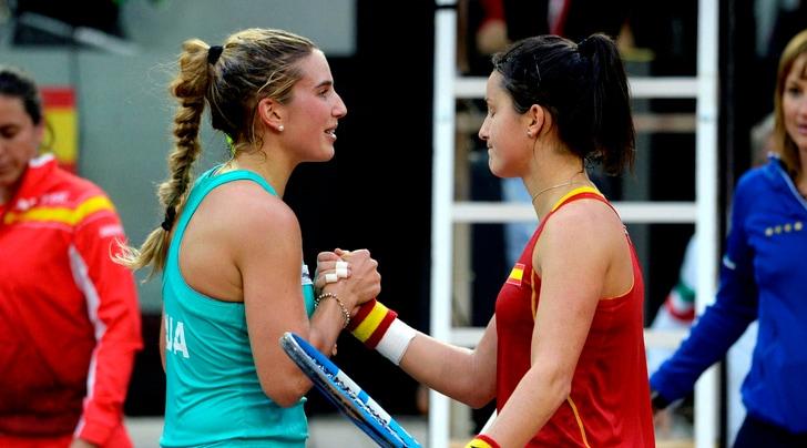 Tennis, Fed Cup: l'Italia vince 3-1 contro la Spagna e conquista i playoff