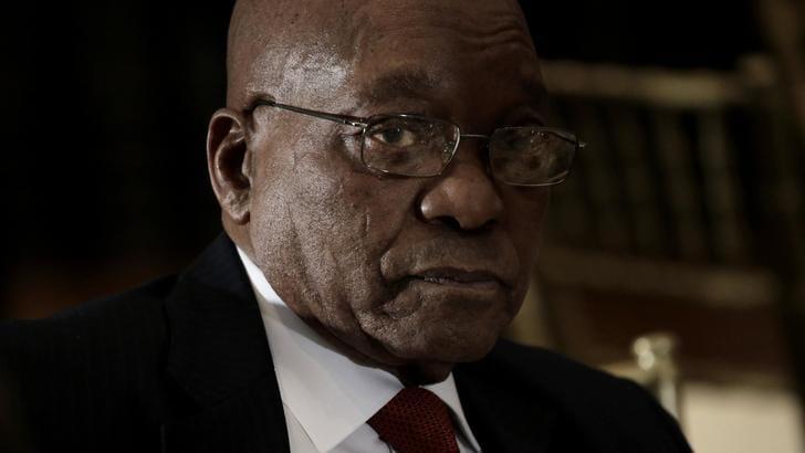 Anc decide revoca presidente Zuma