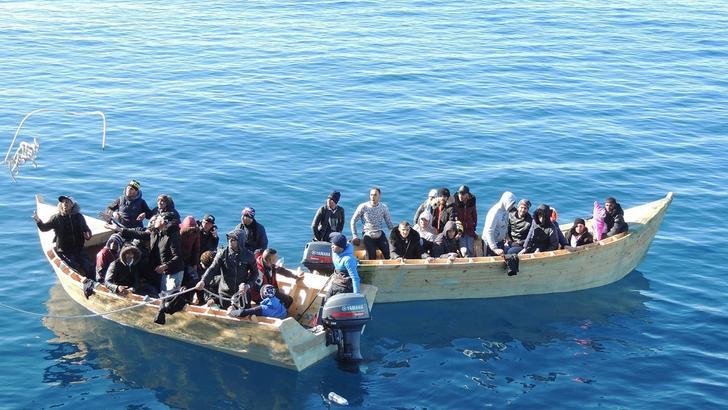 Migranti: in calo arrivi in Italia