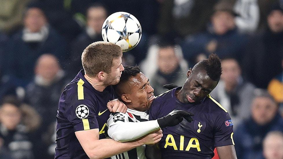 &nbsp;<strong>ALEX SANDRO 6</strong> Tiene in gioco Kane sul primo gol del Tottenham, ma la dinamica dell&rsquo;azione, con Chiellini rimasto a terra, aveva disordinato l&rsquo;intera linea. Combattivo per il resto.