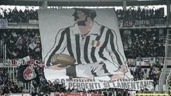 Torino-Juventus, le coreografie allo stadio