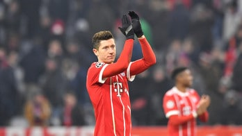 Bayern Monaco, Lewandowski rompe con l'agente storico: Psg e Barcellona alla finestra