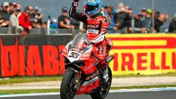 Superbike Australia, un grande Melandri vince gara 1