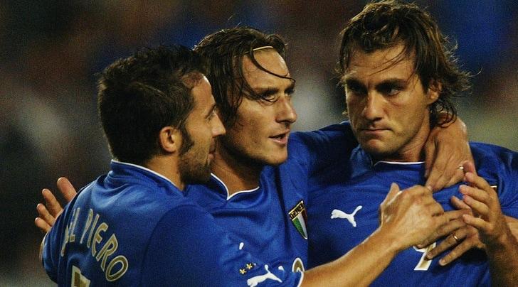 Vieri, Del Piero e Totti insieme in Nazionale. E quel commento di Quagliarella...