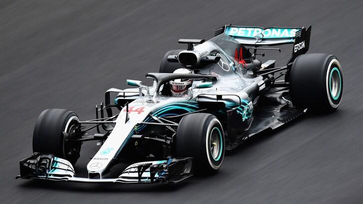 F1, test Barcellona: Hamilton è l'uomo da battere