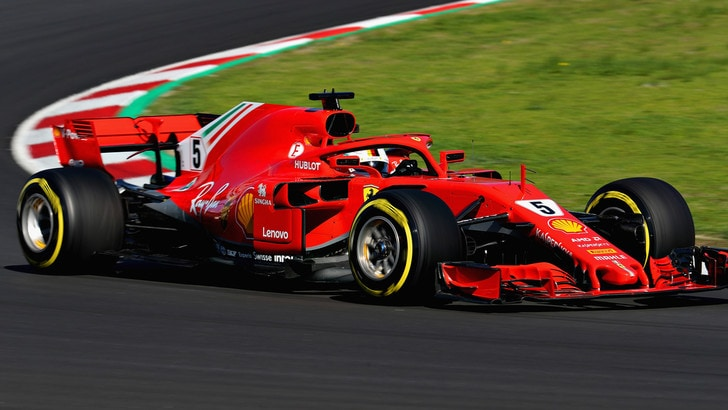 F1, test Barcellona: Vettel primo al mattino