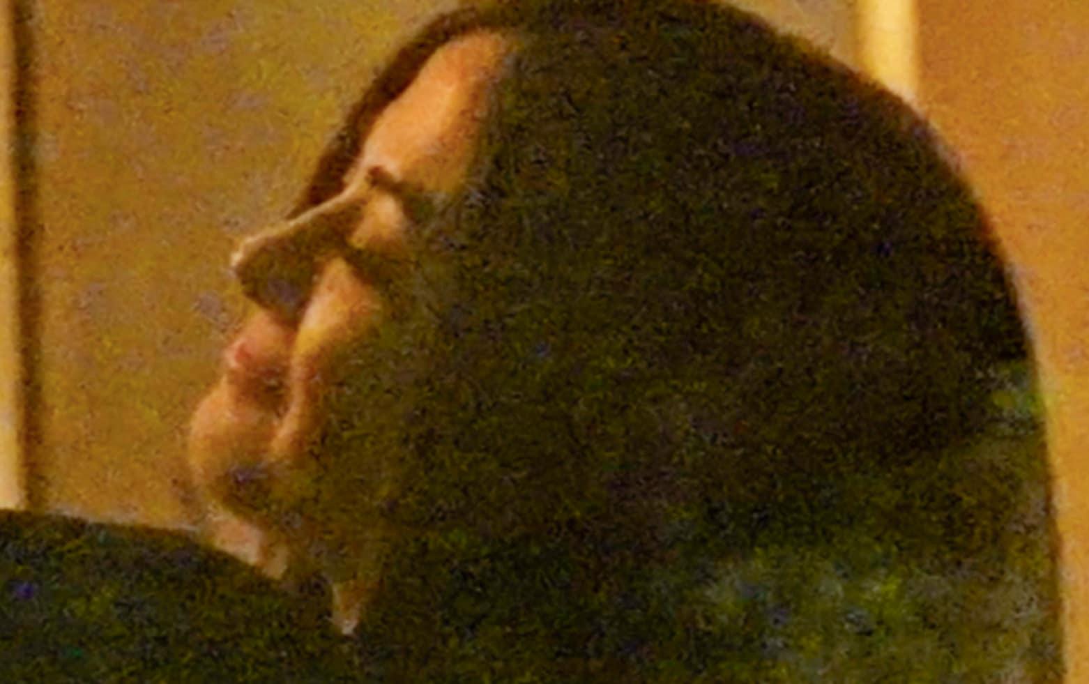"""Il settimanale *Chi* anticipa un'esclusiva che pubblicherà sul numero in edicola da mercoledì 14 marzo: la nuova coppia del gossip di primavera è quella composta dall'ex velina Giorgia Palmas e dal nuotatore Filippo Magnini. I due si frequentano da poco tempo e sono stati avvistati e fotografati prima a Milano, dove hanno pranzato insieme in un tavolo appartato, e poi in Svizzera per una cena romantica. La Palmas è tornata single dopo un legame durato anni con l'inviato di """"Striscia"""" Vittorio Brumotti e Magnini è al suo primo legame serio dopo la fine della tormentata storia d'amore con Federica Pellegrini."""