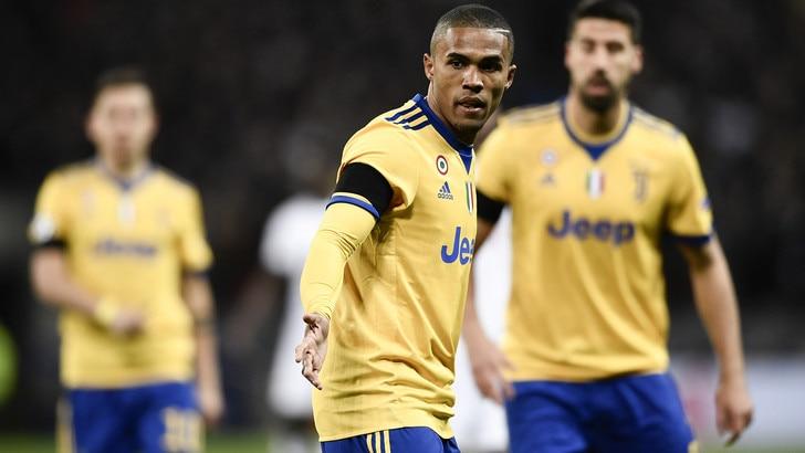 Juventus, Douglas Costa convocato dal Brasile