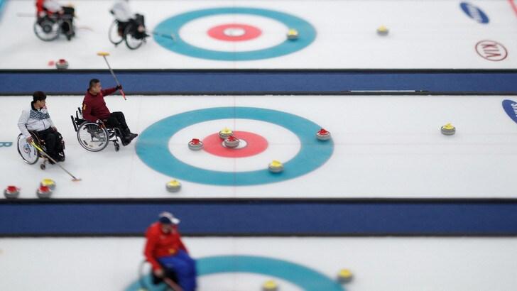 Paralimpiadi, venerdì di medaglie per biathlon e snowboard