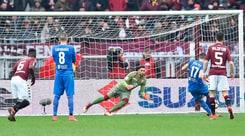 Serie A, Torino-Fiorentina 1-2: quarto ko di fila. I tifosi: «Cairo, vattene!»