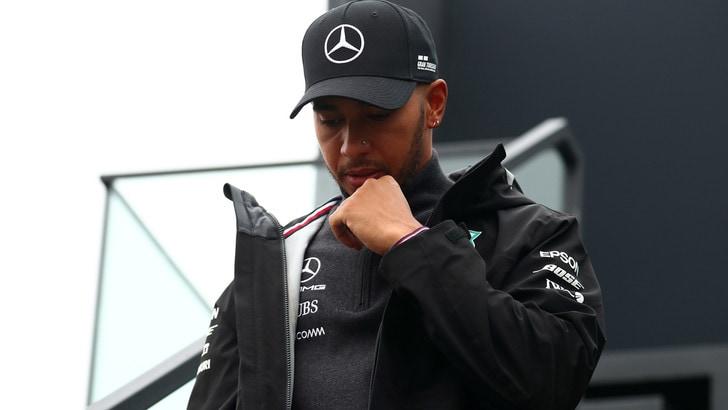 F1 Mercedes, Hamilton: «Contratto, al momento non è la mia priorità»