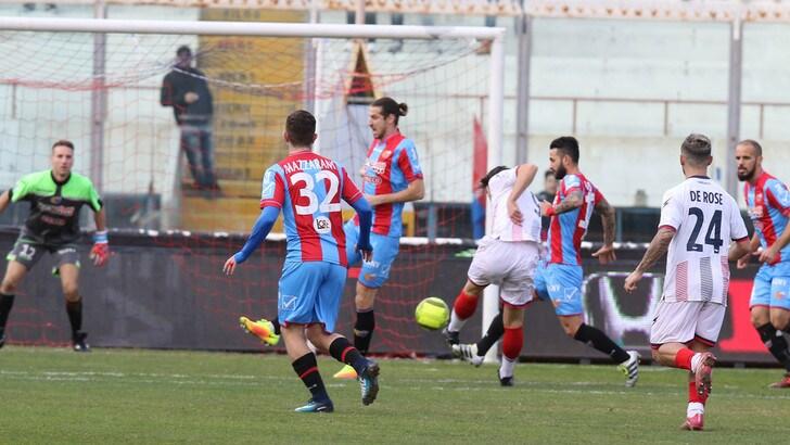 Serie C, Catania, solo pari. Trapani ok di misura