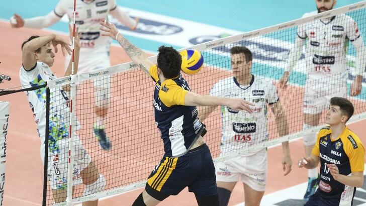 Volley: Play Off, Trento si guadagna la semifinale travolgendo Verona