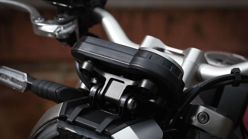 La Casa giapponese rinnova profondamente la sua fun-bike, che ora punta le ruote dritte al vertice della categoria. L'abbiamo provata per voi sulle belle strade tra Ronda e Marbella