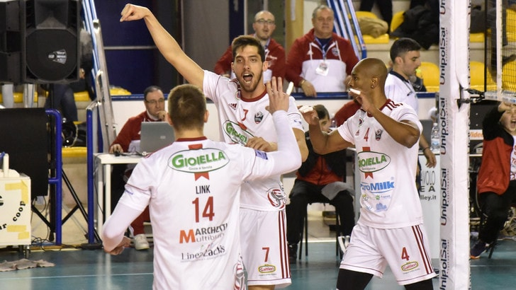Volley: A2 Maschile, Play Off e Play Out, mercoledì Gara 1 dei preliminari