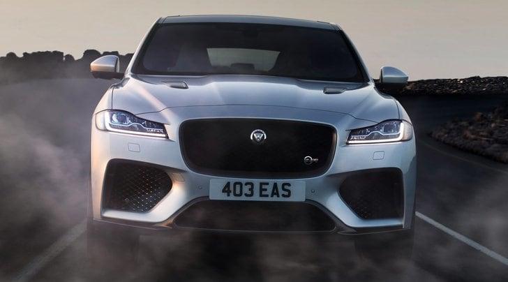 Jaguar F-Pace SVR, ruggito sport utility
