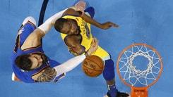 Durant elimina gli Spurs, Sixers al secondo turno
