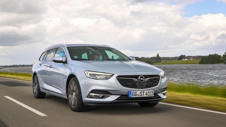 Opel Insignia Sport Tourer, la prova: spazio e agilità