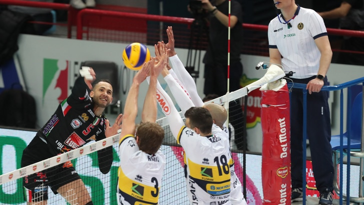 Volley: Semifinali Play Off, a Perugia e Civitanova va in scena Gara 3