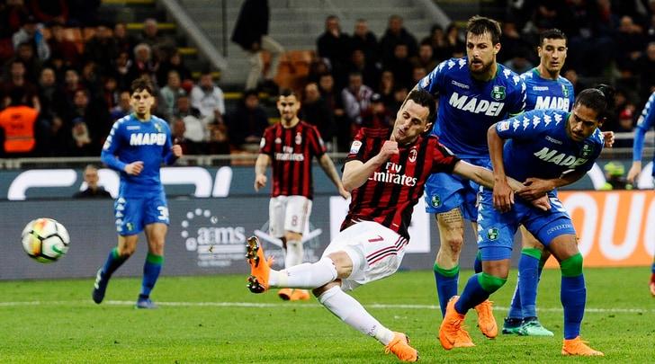 Serie A, Milan-Sassuolo 1-1: Kalinic risponde a Politano