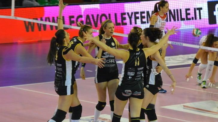 Volley: A2 Femminile, Brescia festeggia la promozione in A1