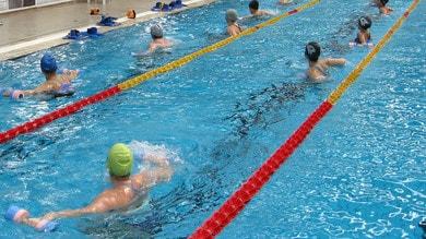 In piscina per sentirsi meglio
