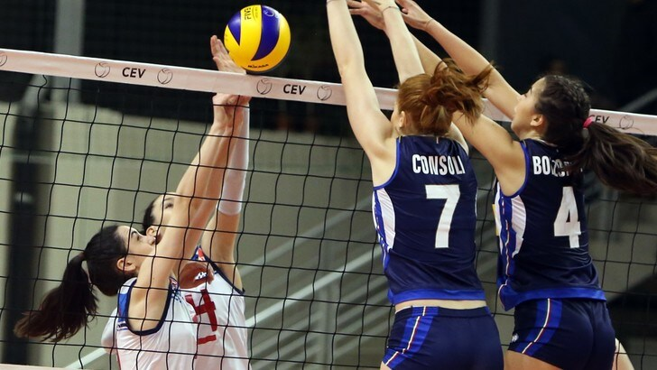 Volley: Europei Under 17, le azzurre di Mencarelli battono la Romania