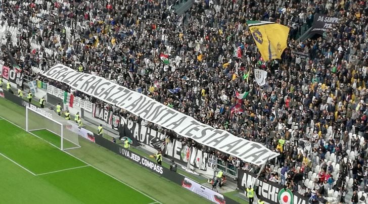 Juventus, i tifosi stanno con Buffon: standing ovation allo Stadium