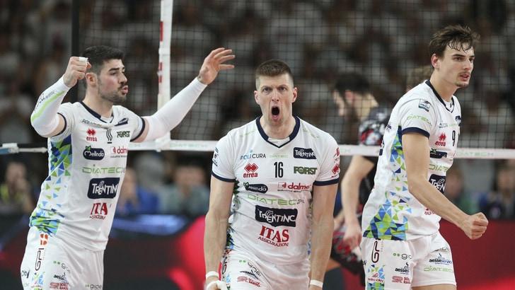 Volley: Semifinali Play Off, Civitanova chiude i conti, Trento porta Perugia a Gara 5