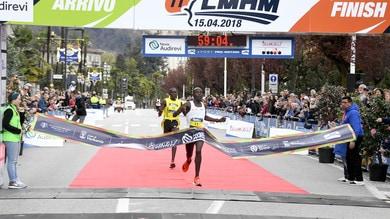 Nexia Audirevi Lago Maggiore Half Marathon, il 59'06