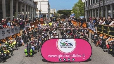 Handbike, show nella prima tappa del Giro d'Italia