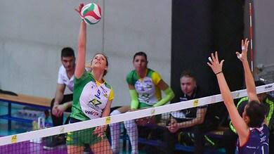 Volley: A2 Femminile, Cuneo e Battistelli in Semifinale, due sfide a Gara 3