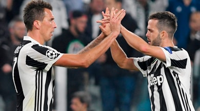 Juventus, Mandzukic e Pjanic in ripresa: ottimismo per il Napoli
