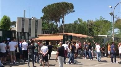 Roma: la carica dei tifosi giallorossi