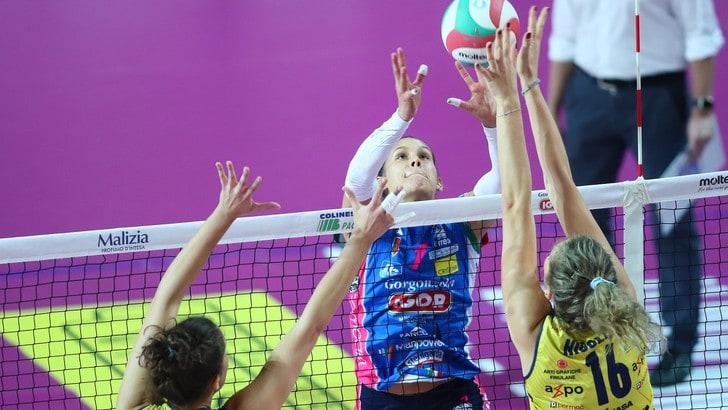 Volley: A1 Femminile, Gara 3 Novara-Conegliano in un PalaIgor sold out
