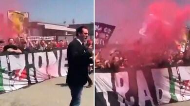 I tifosi scuotono la Juventus a Vinovo: «Tirate fuori i c...»