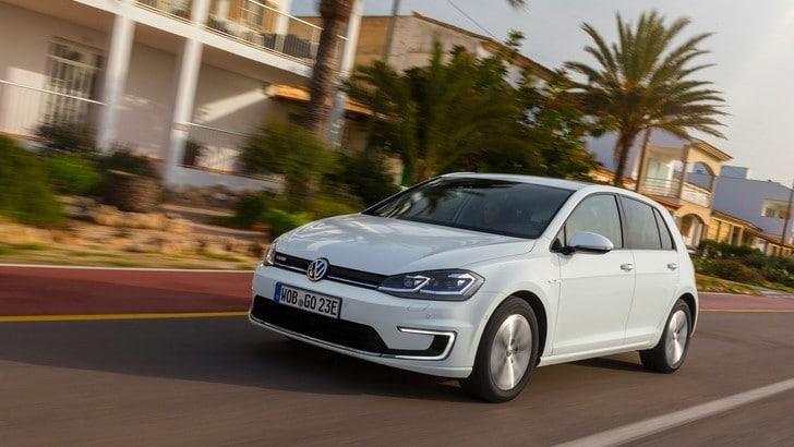 Volkswagen, nel 2019 arriva la Golf con l'ibrido leggero