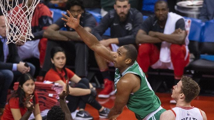 Horford elimina i Bucks, Durant travolge i Pelicans