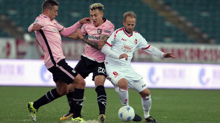 Serie B Palermo-Bari, probabili formazioni e tempo reale alle 20.30. Dove vederla in tv